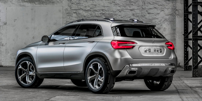 Mercedes-Benz gla back